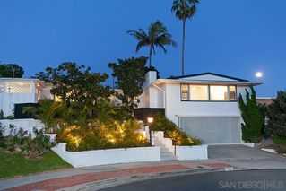 Photo 2: PACIFIC BEACH House for sale : 4 bedrooms : 5361 Van Nuys Ct in San Diego