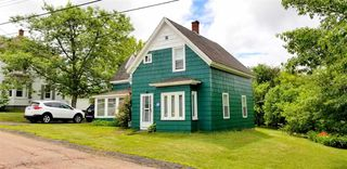 Photo 1: 7 St. James Street in Springhill: 102S-South Of Hwy 104, Parrsboro and area Residential for sale (Northern Region)  : MLS®# 202012251