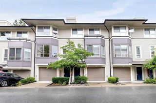"Photo 2: 18 100 KLAHANIE Drive in Port Moody: Port Moody Centre Townhouse for sale in ""INDIGO-KLAHANIE"" : MLS®# R2473657"