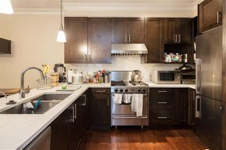 """Photo 11: 407 W 16TH Avenue in Vancouver: Mount Pleasant VW 1/2 Duplex for sale in """"Heritage at Cambie Village"""" (Vancouver West)  : MLS®# R2500188"""