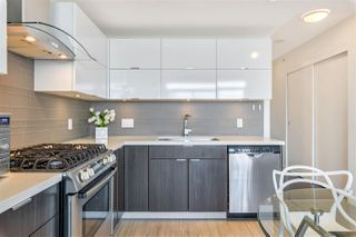 """Photo 4: 1408 1775 QUEBEC Street in Vancouver: Mount Pleasant VE Condo for sale in """"OPSAL"""" (Vancouver East)  : MLS®# R2511747"""