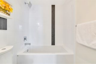 """Photo 15: 1408 1775 QUEBEC Street in Vancouver: Mount Pleasant VE Condo for sale in """"OPSAL"""" (Vancouver East)  : MLS®# R2511747"""