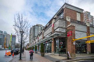 """Photo 2: 1703 4118 DAWSON Street in Burnaby: Brentwood Park Condo for sale in """"TANDEM 1"""" (Burnaby North)  : MLS®# R2523861"""