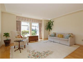 "Photo 2: 9 7760 BLUNDELL Road in Richmond: Broadmoor Townhouse for sale in ""SUNNYMEDE ESTATES"" : MLS®# V942111"