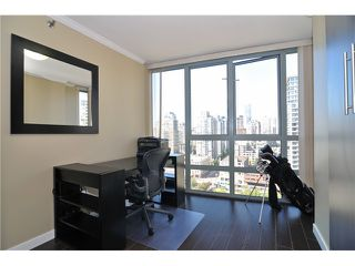 "Photo 6: 1905 950 CAMBIE Street in Vancouver: Yaletown Condo for sale in ""LANDMARK"" (Vancouver West)  : MLS®# V972552"