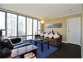 "Photo 3: 1905 950 CAMBIE Street in Vancouver: Yaletown Condo for sale in ""LANDMARK"" (Vancouver West)  : MLS®# V972552"