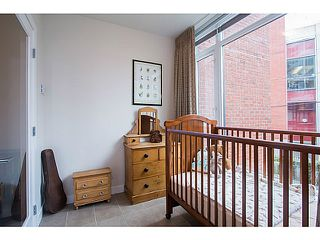 Photo 11: # 208 2321 SCOTIA ST in Vancouver: Mount Pleasant VE Condo for sale (Vancouver East)  : MLS®# V1042008