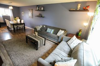 Photo 6: Gorgeous Bi-Level in Mission Gardens - $289,900