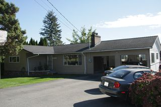 Photo 1: 29332 SunValley Crescent in Abbotsford: House for sale : MLS®# R2314705