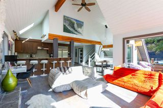 """Photo 3: 6207 EAGLE Drive in Whistler: Whistler Cay Heights House for sale in """"Whistler Cay"""" : MLS®# R2393293"""