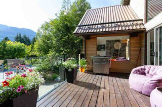 """Photo 19: 6207 EAGLE Drive in Whistler: Whistler Cay Heights House for sale in """"Whistler Cay"""" : MLS®# R2393293"""