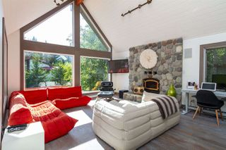 """Photo 2: 6207 EAGLE Drive in Whistler: Whistler Cay Heights House for sale in """"Whistler Cay"""" : MLS®# R2393293"""