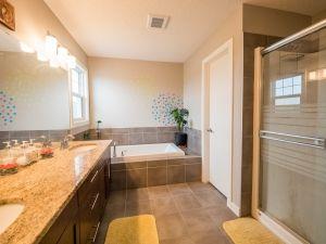 Photo 20: 21867 80 Avenue in Edmonton: Zone 58 House for sale : MLS®# E4192879