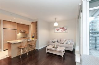 "Photo 6: 905 1468 W 14TH Avenue in Vancouver: Fairview VW Condo for sale in ""THE AVEDON"" (Vancouver West)  : MLS®# R2457270"