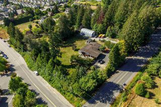 Photo 3: 6815 204 Street in Langley: Willoughby Heights House for sale : MLS®# R2500018