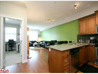 Photo 2: 216 17712 57A AV in Surrey: Cloverdale BC Home for sale ()  : MLS®# F1213973