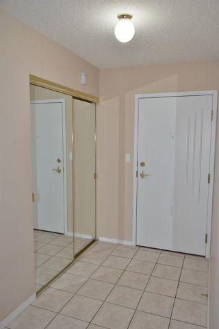 Photo 5: 401 18020 95 Avenue in Edmonton: Zone 20 Condo for sale : MLS®# E4217844
