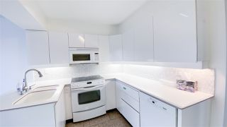 "Photo 3: 1001 2288 PINE Street in Vancouver: Fairview VW Condo for sale in ""THE FAIRVIEW"" (Vancouver West)  : MLS®# R2513601"