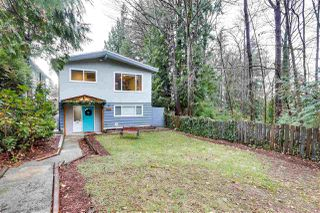 Photo 1: 537 W 15TH Street in North Vancouver: Central Lonsdale House for sale : MLS®# R2523914