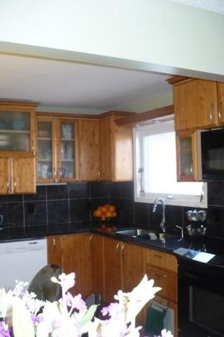 Photo 9: 21 GOVERNOR'S CRT in Winnipeg: Residential for sale (Canada)  : MLS®# 1105074