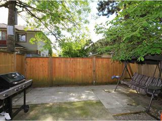 "Photo 9: 8 11757 207TH Street in Maple Ridge: Southwest Maple Ridge Townhouse for sale in ""HIDDEN CREEK ESTATES"" : MLS®# V952954"