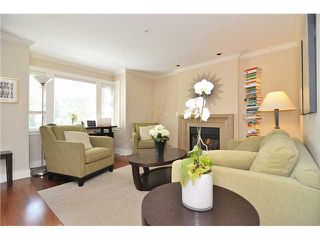 Photo 2: 4481 W 9TH Avenue in Vancouver: Point Grey Townhouse for sale (Vancouver West)  : MLS®# V957147