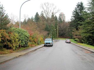 Photo 7: 6537 PORTLAND Street in Burnaby: South Slope House for sale (Burnaby South)  : MLS®# V986285