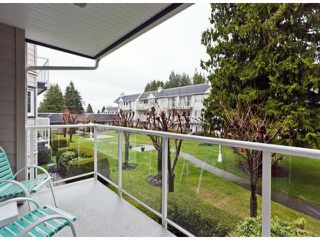 "Photo 7: 208 13965 16TH Avenue in Surrey: Sunnyside Park Surrey Condo for sale in ""WINDSOR HOUSE"" (South Surrey White Rock)  : MLS®# F1305282"