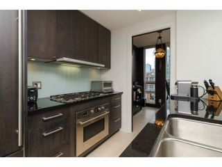 "Photo 8: 1503 1455 HOWE Street in Vancouver: Yaletown Condo for sale in ""POMARIA"" (Vancouver West)  : MLS®# V997869"