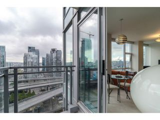"Photo 2: 1503 1455 HOWE Street in Vancouver: Yaletown Condo for sale in ""POMARIA"" (Vancouver West)  : MLS®# V997869"