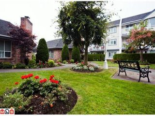 Photo 7: # 303 13965 16TH AV in Surrey: Sunnyside Park Surrey Condo for sale (South Surrey White Rock)  : MLS®# F1433971
