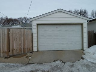 Photo 17: 330 Southall Drive in Winnipeg: Single Family Detached for sale : MLS®# 1604227