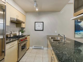 Photo 8: 188 BOATHOUSE MEWS in Vancouver: Yaletown Townhouse for sale (Vancouver West)  : MLS®# R2048357