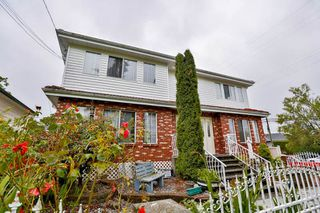 Photo 1: 906 E 30TH AVENUE in Vancouver: Fraser VE House for sale (Vancouver East)  : MLS®# R2087322