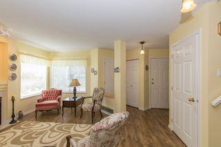 Photo 6: 412 13900 HYLAND ROAD in Surrey: East Newton Townhouse for sale : MLS®# R2112905