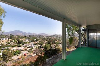 Photo 5: MOUNT HELIX House for sale : 4 bedrooms : 4255 Crestview Drive in La Mesa