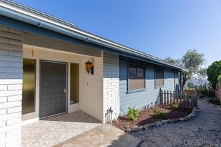 Photo 3: MOUNT HELIX House for sale : 4 bedrooms : 4255 Crestview Drive in La Mesa