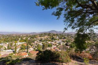 Photo 16: MOUNT HELIX House for sale : 4 bedrooms : 4255 Crestview Drive in La Mesa