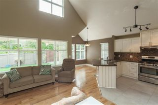 """Photo 15: 84 15500 ROSEMARY HEIGHTS Crescent in Surrey: Morgan Creek Townhouse for sale in """"CARRINGTON, Sunny South Facing"""" (South Surrey White Rock)  : MLS®# R2404130"""