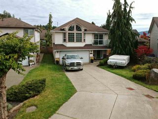 Photo 1: 8170 KUNIMOTO Court in Mission: Mission BC House for sale : MLS®# R2410251
