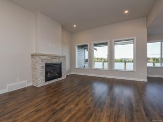 Photo 12: 4130 Chancellor Cres in COURTENAY: CV Courtenay City House for sale (Comox Valley)  : MLS®# 831294
