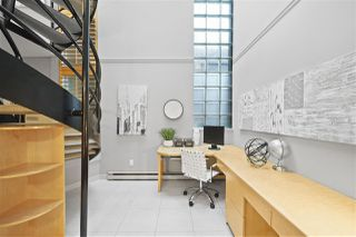 """Photo 14: 2243 OAK Street in Vancouver: Fairview VW Townhouse for sale in """"THE SIXTH ESTATE"""" (Vancouver West)  : MLS®# R2429333"""