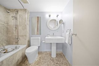 """Photo 12: 2243 OAK Street in Vancouver: Fairview VW Townhouse for sale in """"THE SIXTH ESTATE"""" (Vancouver West)  : MLS®# R2429333"""