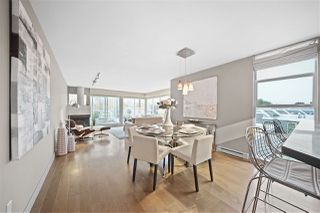 """Photo 6: 2243 OAK Street in Vancouver: Fairview VW Townhouse for sale in """"THE SIXTH ESTATE"""" (Vancouver West)  : MLS®# R2429333"""