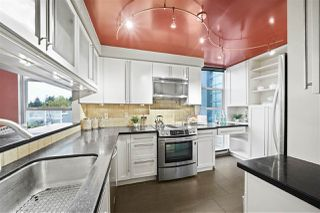 """Photo 8: 2243 OAK Street in Vancouver: Fairview VW Townhouse for sale in """"THE SIXTH ESTATE"""" (Vancouver West)  : MLS®# R2429333"""