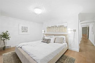 """Photo 15: 2243 OAK Street in Vancouver: Fairview VW Townhouse for sale in """"THE SIXTH ESTATE"""" (Vancouver West)  : MLS®# R2429333"""