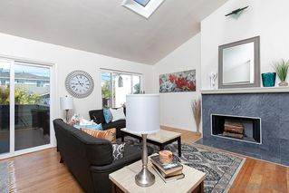 Photo 4: PACIFIC BEACH Condo for sale : 2 bedrooms : 1822 Chalcedony #3 in San Diego