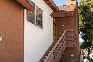 Photo 2: PACIFIC BEACH Condo for sale : 2 bedrooms : 1822 Chalcedony #3 in San Diego