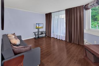 """Photo 3: 204 31 ELLIOT Street in New Westminster: Downtown NW Condo for sale in """"ROYAL ALBERT TOWERS"""" : MLS®# R2437165"""