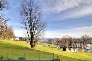 """Photo 17: 204 31 ELLIOT Street in New Westminster: Downtown NW Condo for sale in """"ROYAL ALBERT TOWERS"""" : MLS®# R2437165"""